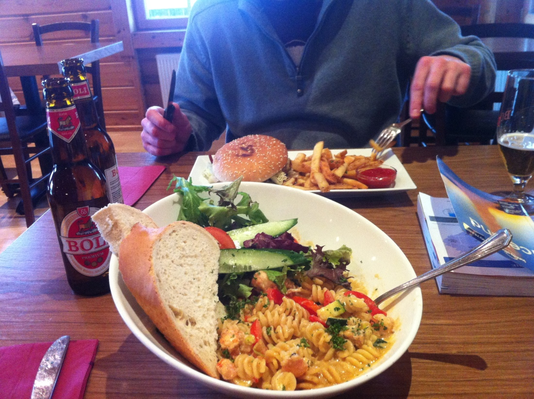 Mmm. Langostine pasta and a reindeer burger with Boli. Mouth is watering.