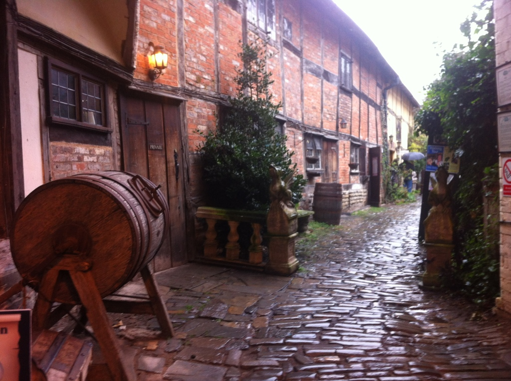 A sidestreet in Stratford on a rainy day
