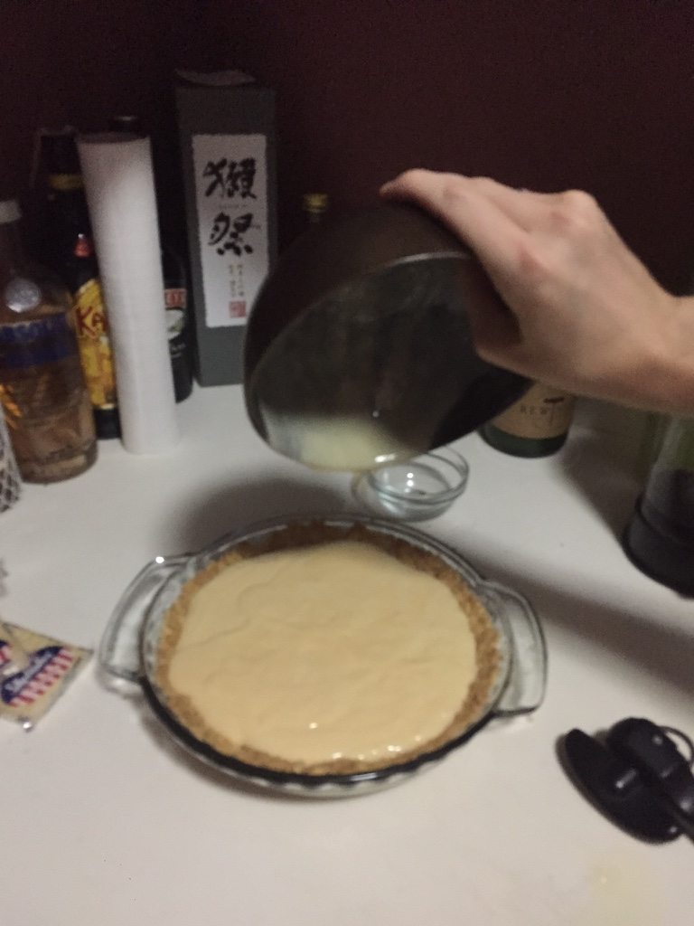 pie pouring