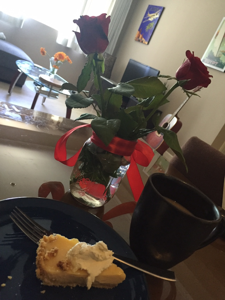 pie with flowers